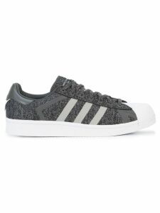 Adidas Mountaineering x Adidas Superstar sneakers - Grey