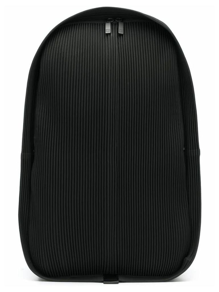 Homme Plissé Issey Miyake pleated zipped backpack - Black