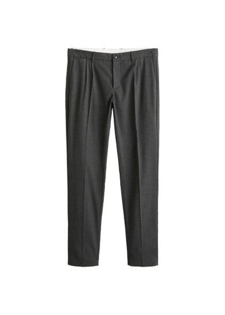 Regular-fit pleated chino trousers