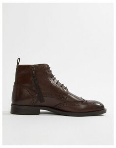 Pier One brogue boots in brown leather