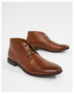 ASOS DESIGN chukka boots in tan faux leather
