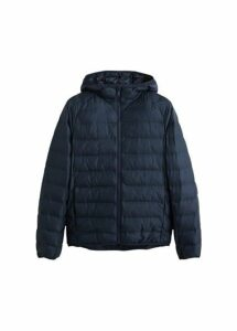 Hooded quilted light coat
