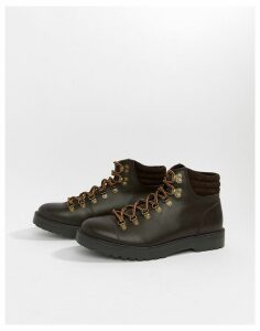 Zign hiking boots in brown
