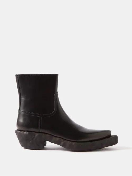 Vetements - X Levi's Bicolour Reworked Straight Cut Jeans - Mens - Black Blue