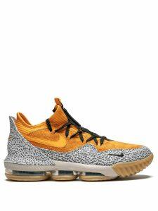 Nike Lebron XVI Low sneakers - Orange