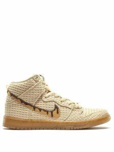 Nike Dunk High Premium SB sneakers - Gold