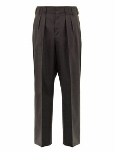 Maison Kitsuné - Double Pleated Wool Trousers - Mens - Grey