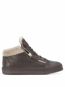 Giuseppe Zanotti fur trim sneakers - Brown