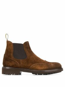 Doucal's brogue detailing boots - Brown