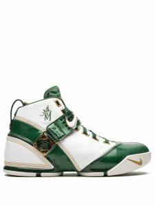 Nike Zoom Lebron 5 sneakers - White
