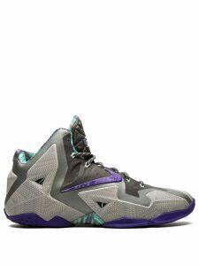 Nike Lebron 11 sneakers - Grey