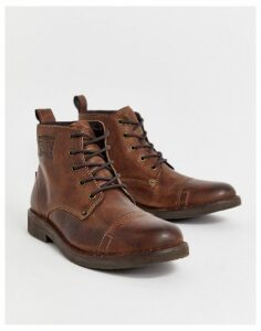 Levis Track lace up boots in brown
