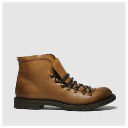 Schuh Tan Captain Boots