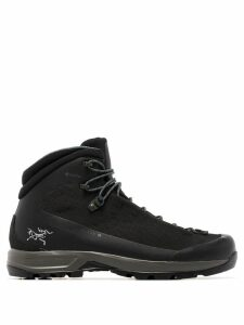 Arc'teryx Acrux TR GTX hiking boots - Black