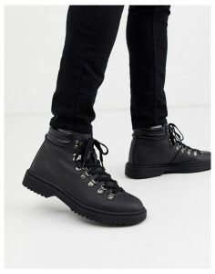 New Look faux leather hiker boot in black