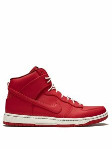 Nike Dunk Ultra - Red