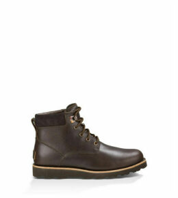 UGG Men's Seton Tall Boot in Stout, Size 6