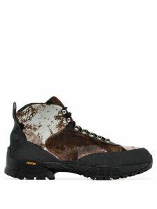 1017 ALYX 9SM camouflage pony skin boots - Black