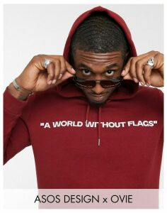 ASOS DESIGN x Ovie longline hoodie with artwork print-Red